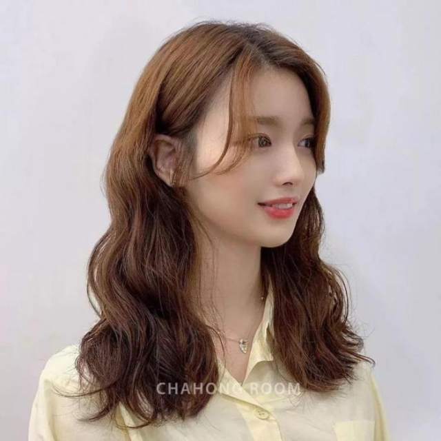 The most popular hairstyles for 2020 ! It』s not too late to change !